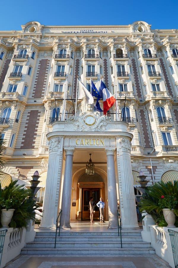 Facciata intercontinentale di Carlton dell'albergo di lusso a Cannes fotografie stock