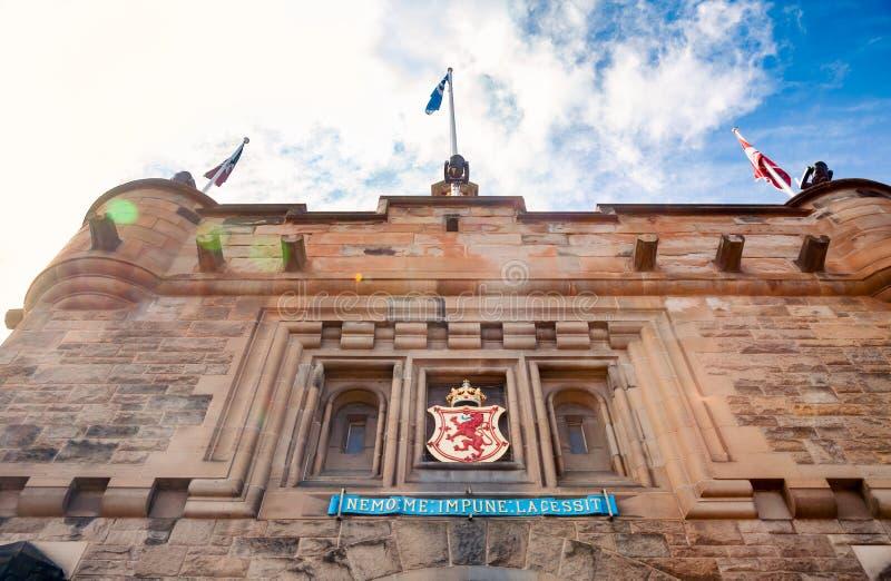 Facciata Scozia Regno Unito dell'entrata del Gatehouse del castello di Edimburgo fotografia stock libera da diritti