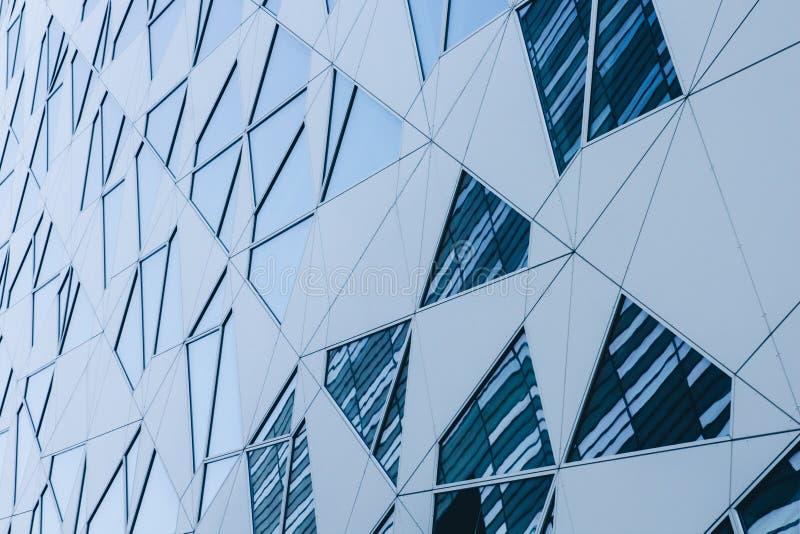 Facciate dei grattacieli, primo piano, struttura astratta urbana moderna immagine stock libera da diritti