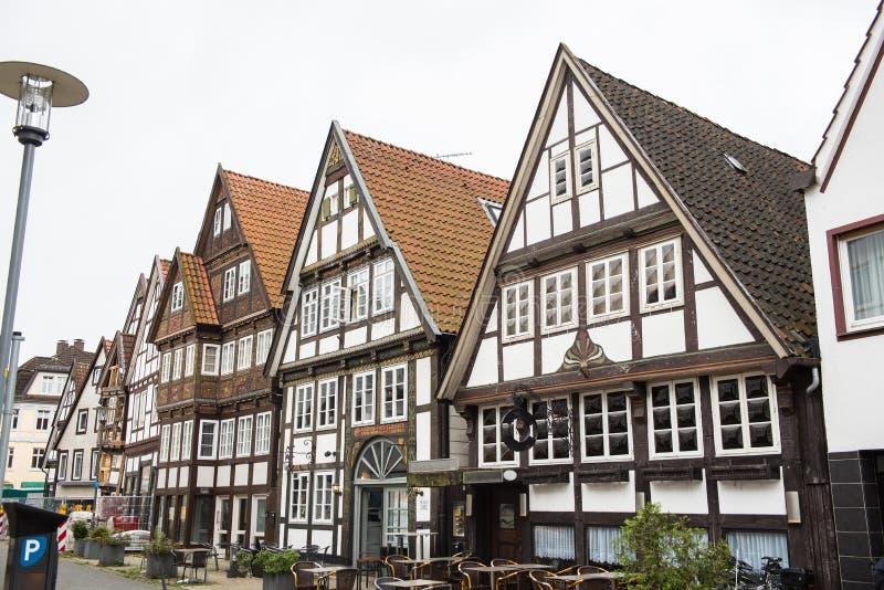 Facciate storiche nel centro urbano della città di Detmold immagine stock