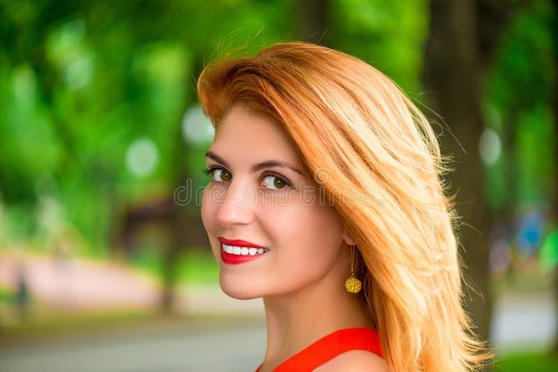 Face bonita com composição fotografia de stock