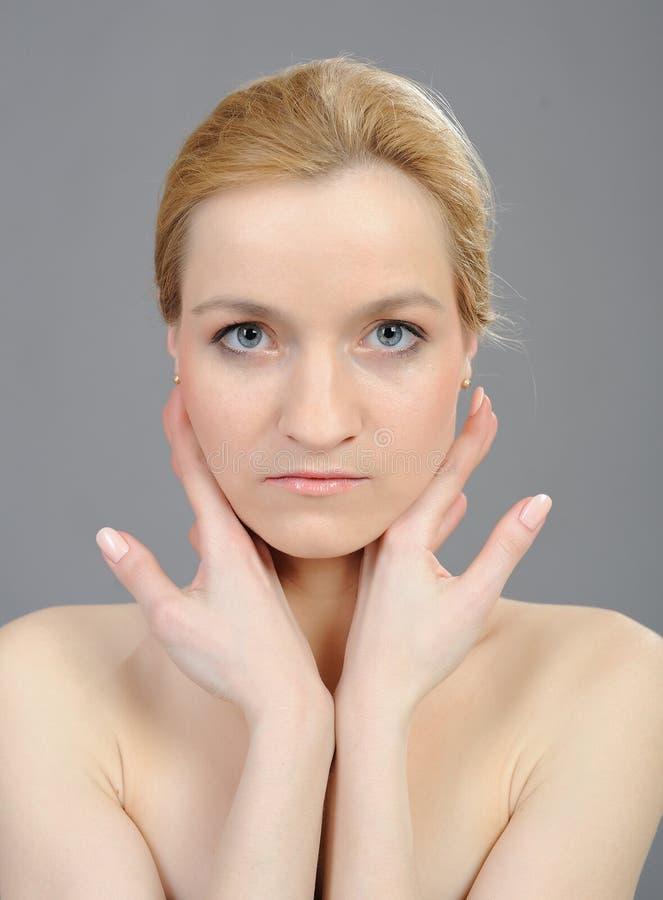 Face bonita dos womans com pele saudável pura imagem de stock