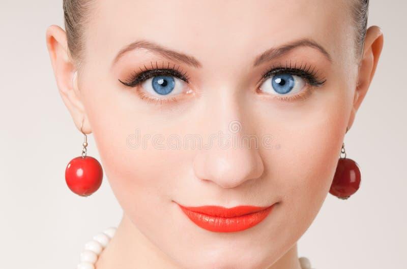 Face da mulher consideravelmente boa fotografia de stock royalty free