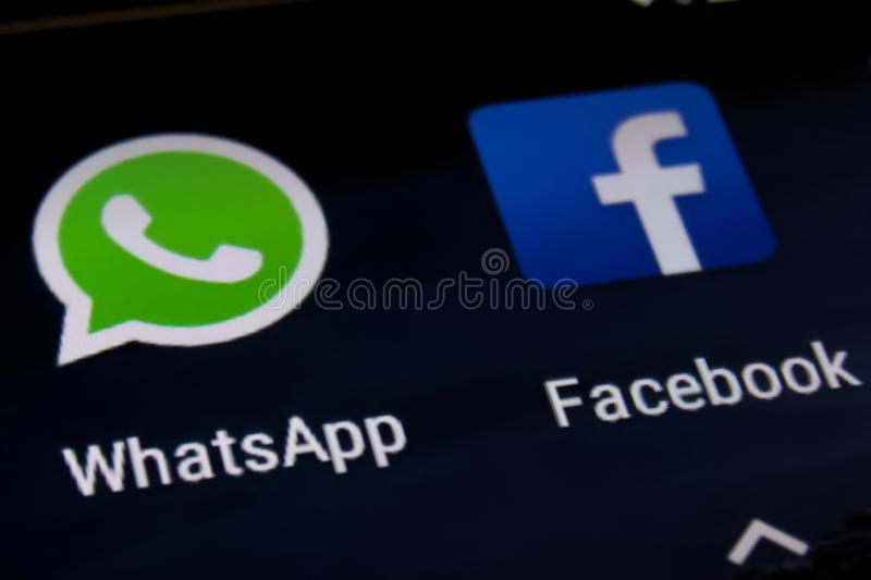 Facebook et Whatsapp image stock