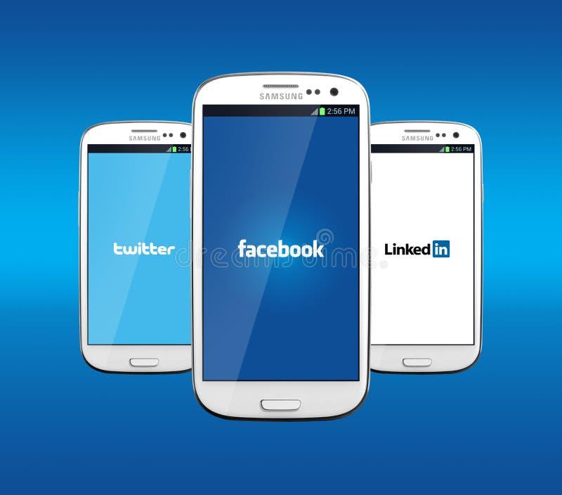 Facebook Linkedin i świergot