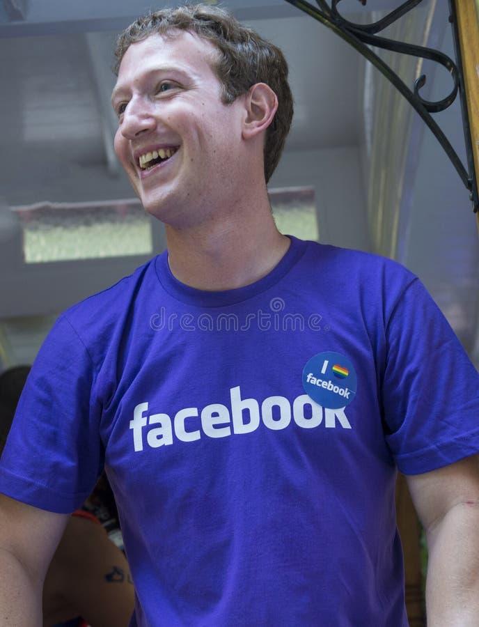 Facebook no orgulho alegre de San Francisco foto de stock
