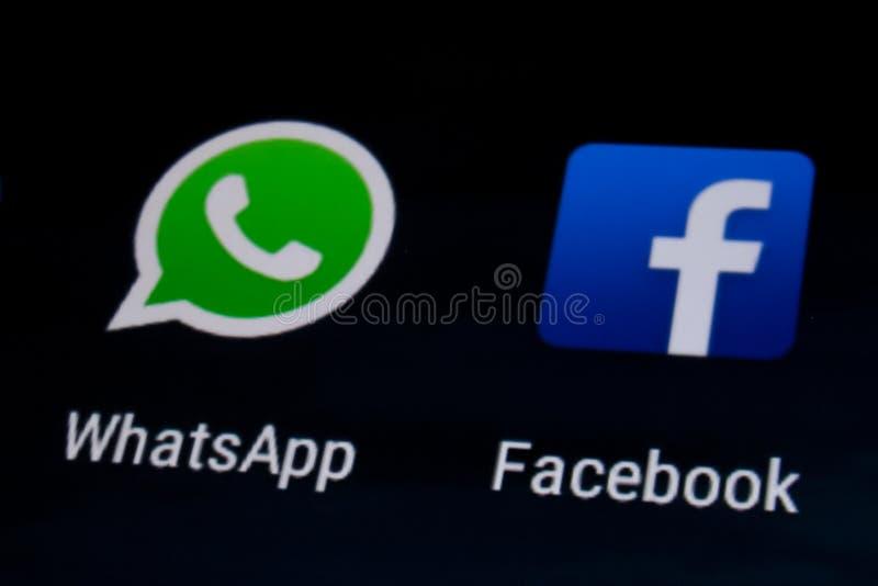 Facebook och Whatsapp arkivbilder