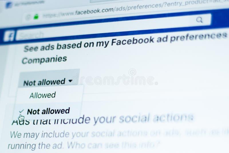 Facebook reklam preferencje - Wybierający pozwolić obrazy stock