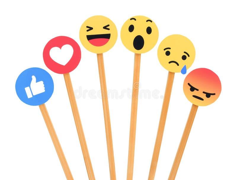 Facebook zoals knoop 6 Begrijpende Emoji-Reacties stock foto's