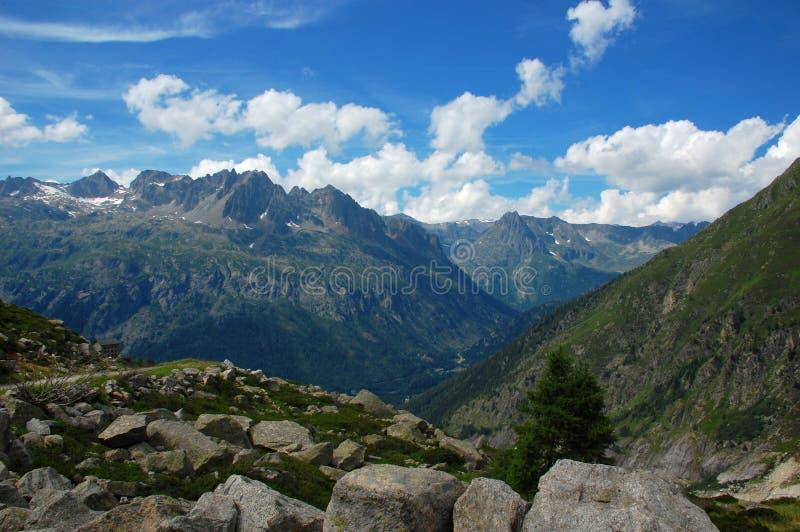 Facendo un'escursione al ghiacciaio di Argentiere, alpi, Francia fotografia stock libera da diritti