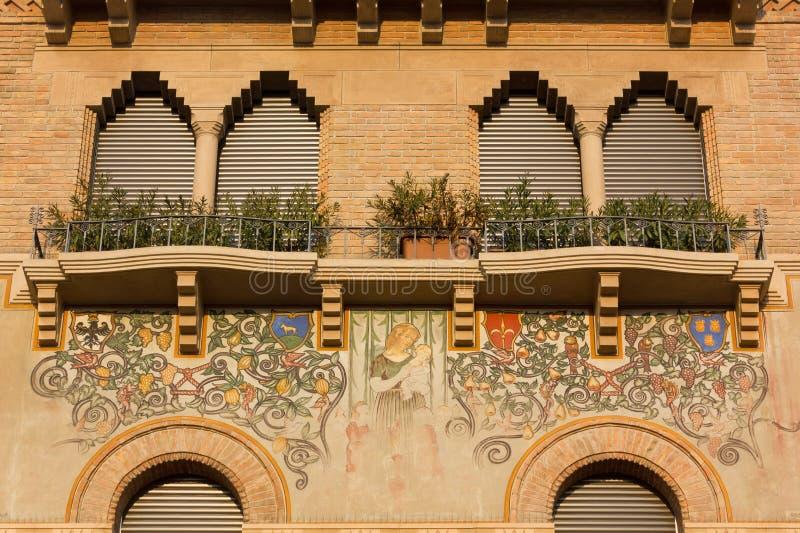 Fachada adornada de un edificio histórico en Padua imagen de archivo libre de regalías