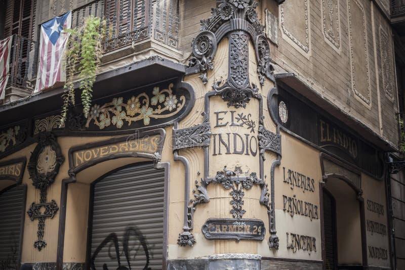Fachada artística, estilo modernista, Barcelona foto de stock