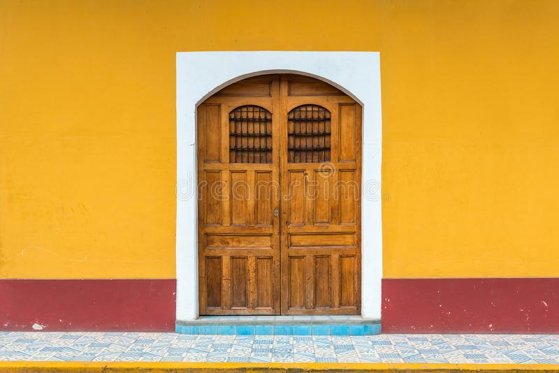 Fachada colonial do estilo, Granada, Nicarágua fotos de stock
