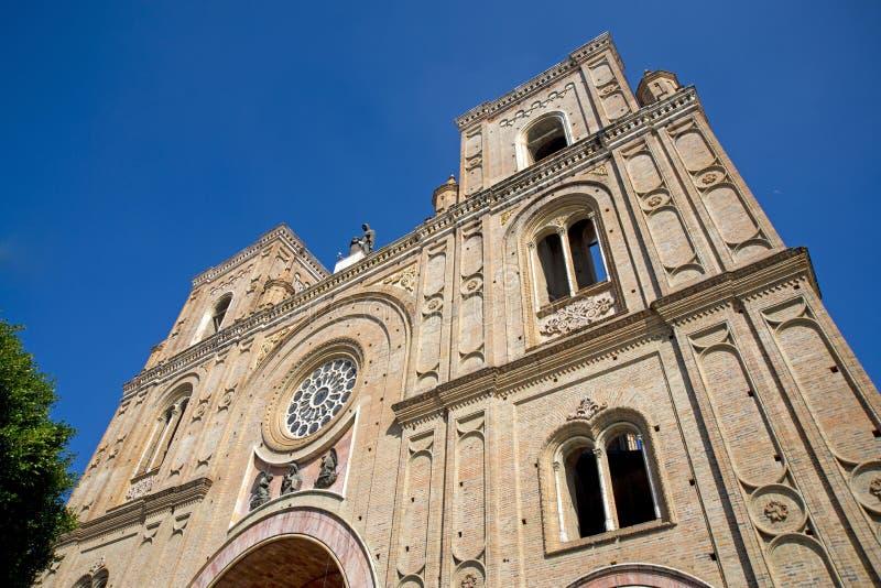 Fachada da catedral de Cuencas fotos de stock