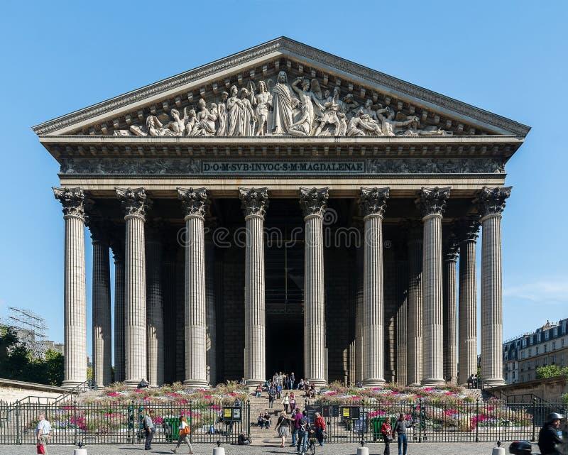 Fachada da igreja da Madeleine, Paris imagem de stock
