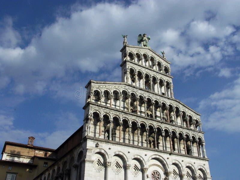 Fachada da igreja Lucca Itália de San Michel del Forno foto de stock