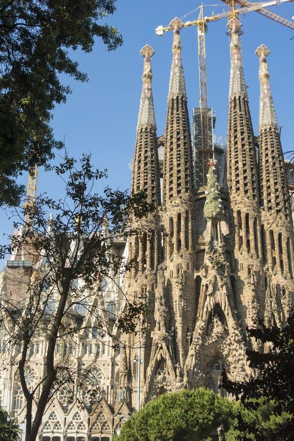 Fachada da natividade do La Sagrada Familia - a catedral impressionante foto de stock royalty free