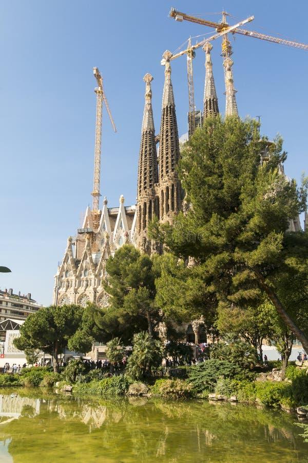 Fachada da natividade do La Sagrada Familia - a catedral impressionante imagem de stock royalty free