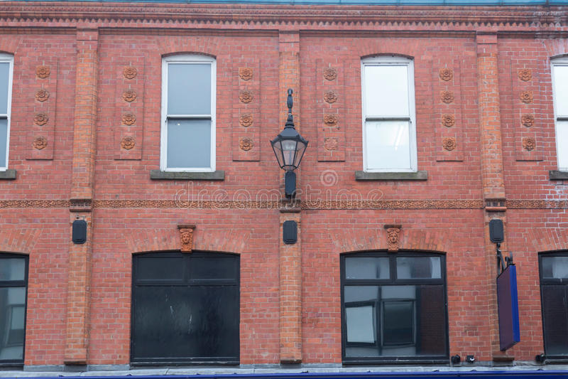 Fachada de Brickwall em Inglaterra fotografia de stock