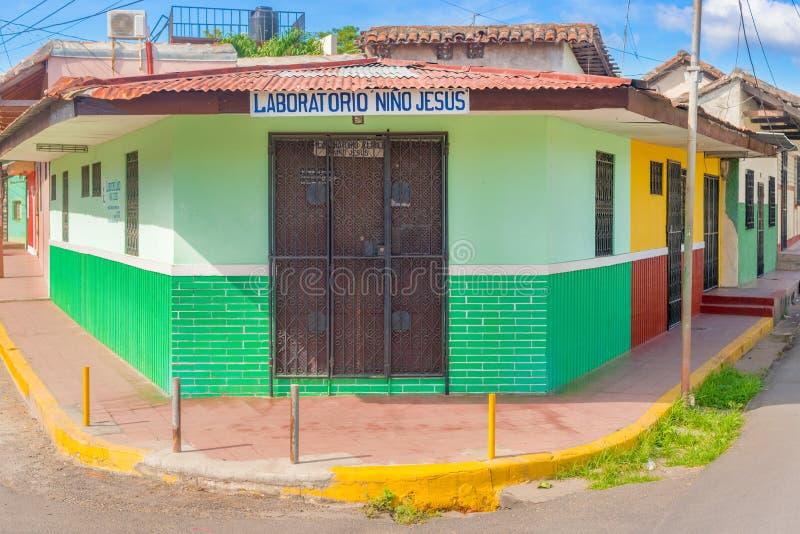 Fachada de casas coloridas no distrito histórico Granada no Ni fotografia de stock royalty free