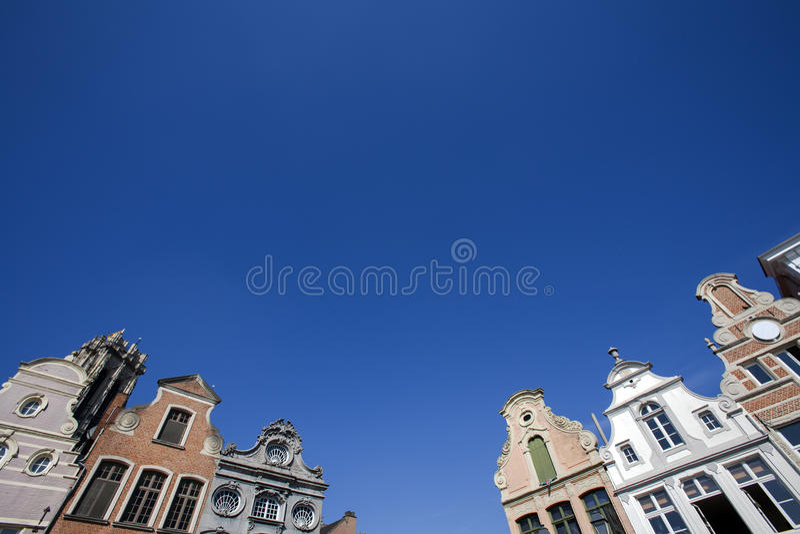 Fachada de construções do século XVIII em Mechelen, Bélgica imagens de stock royalty free