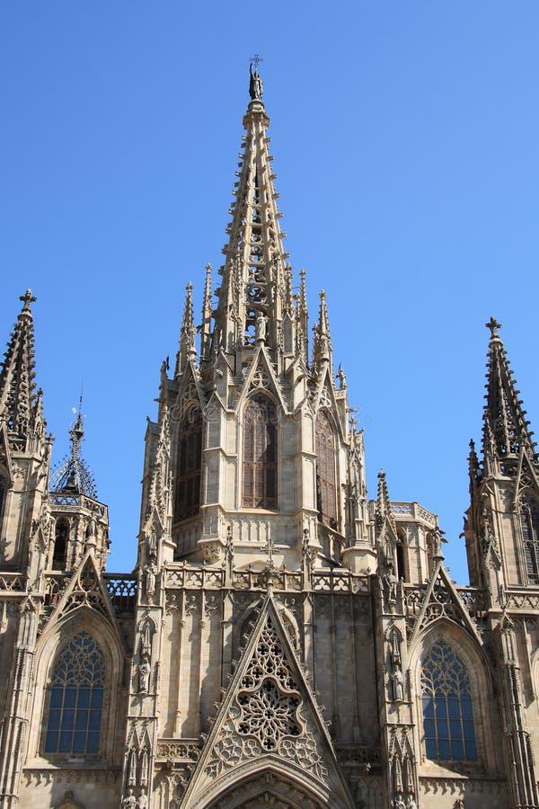 Fachada de la catedral de Barcelona fotos de archivo
