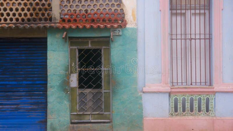 Fachada 1 de La Habana, Cuba imagen de archivo