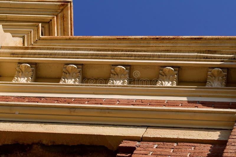 Fachadas de piedra caliza fachada de piedra caliza with - Piedra caliza fachada ...