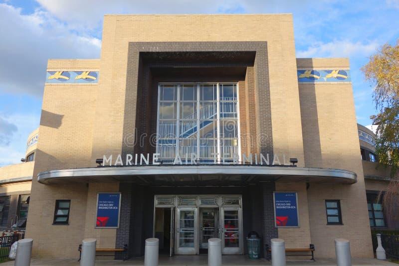 Fachada de Marine Air Terminal histórica no aeroporto de Guardia do La em New York imagens de stock royalty free