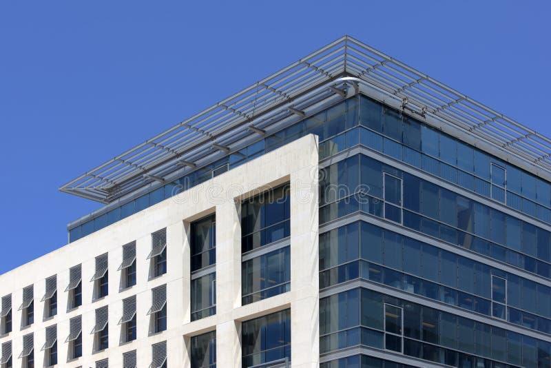 Fachada de um edifício moderno fotografia de stock