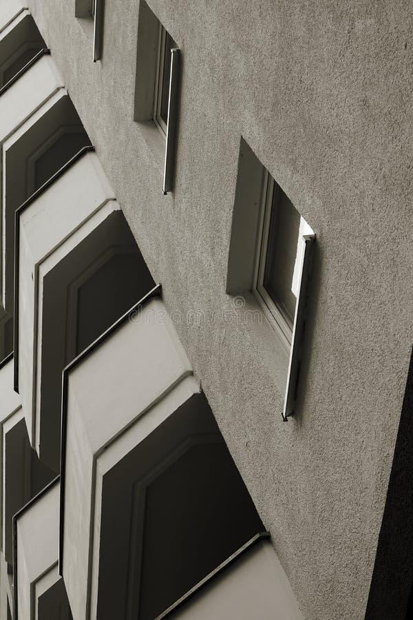 Fachada de uma construção residencial foto de stock royalty free