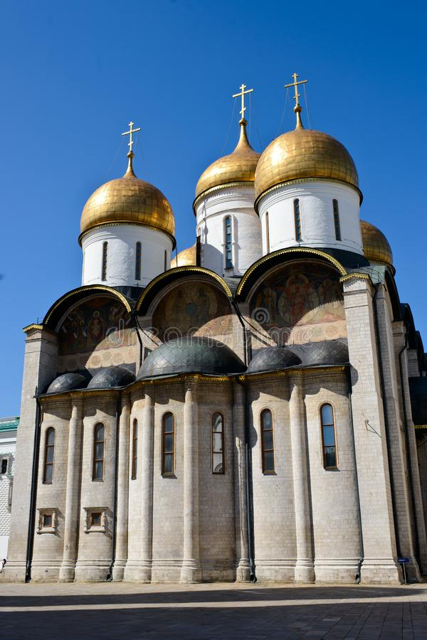 A fachada de uma igreja oriental ortodoxo fotografia de stock royalty free