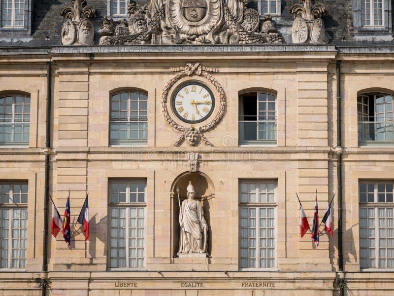 Fachada del ayuntamiento de Dijon fotos de archivo libres de regalías