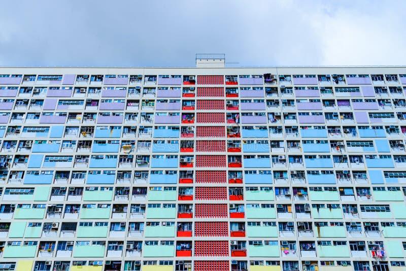 Fachada del bloque de apartamentos público en Hong Kong foto de archivo libre de regalías