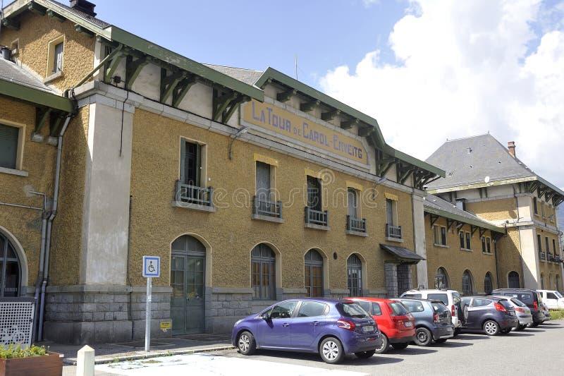 Fachada del ferrocarril de Latour de Carol fotos de archivo libres de regalías