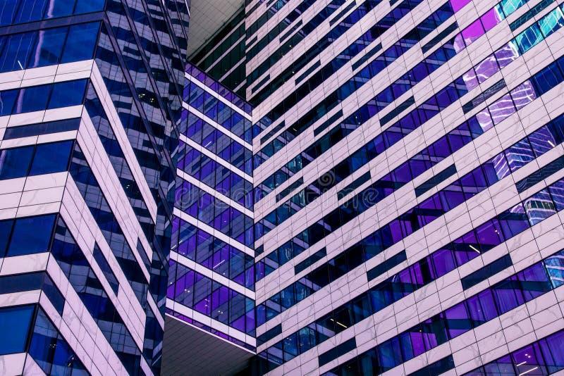 Fachada del rascacielos Edificios de Berlin Siluetas de cristal modernas imagen de archivo libre de regalías