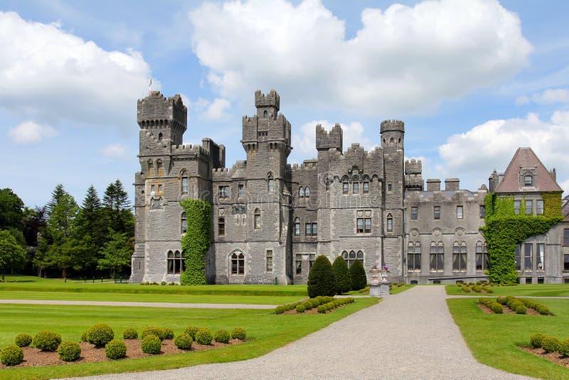 Fachada do castelo de Ashford fotografia de stock royalty free