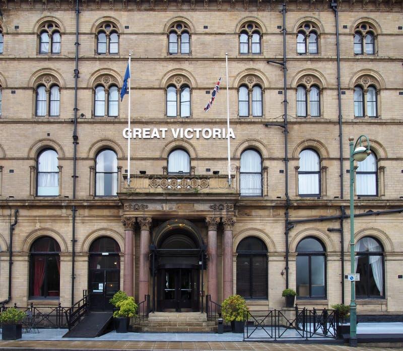 A fachada do grande hotel do século XIX histórico no oeste de bradford - yorkshire de victoria imagem de stock royalty free