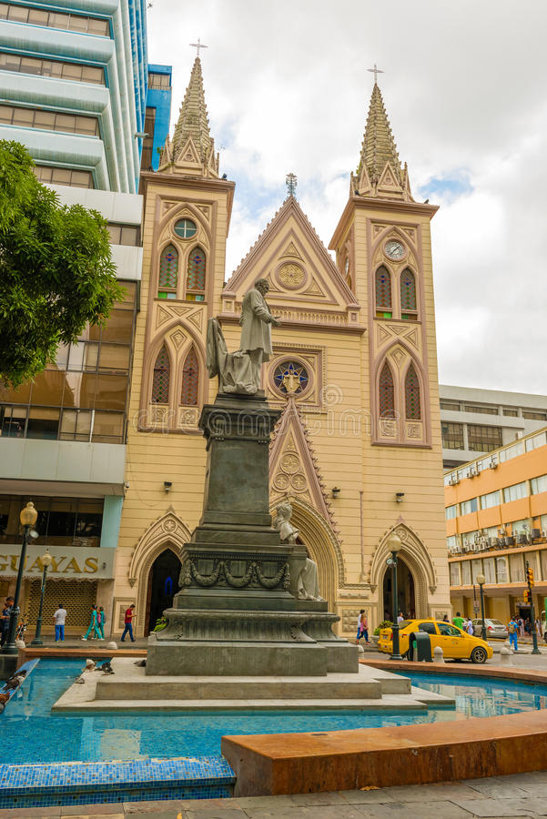 Fachada do La Merced de Iglesia em Guayaquil, Equador imagem de stock royalty free