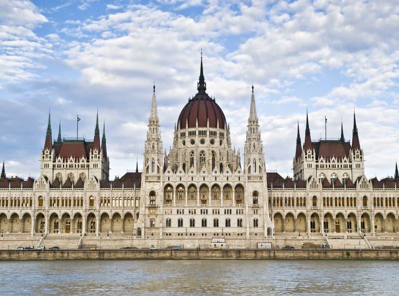 Fachada do parlamento húngaro foto de stock