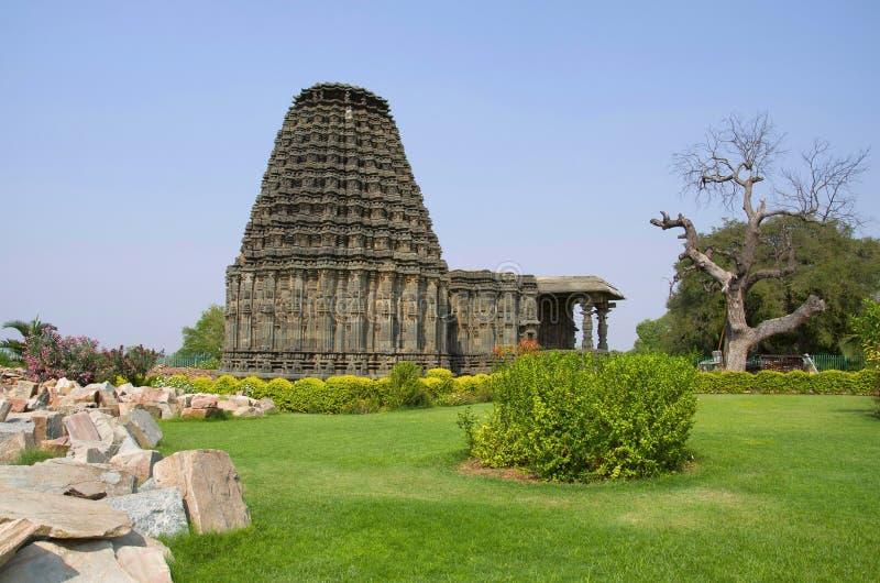 Fachada do templo de Doddabasappa, Dambal, perto de Gadag, Karnataka imagens de stock royalty free