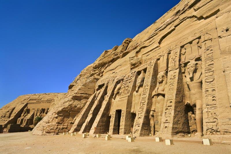 Fachada do templo pequeno em Abu Simbel fotos de stock royalty free
