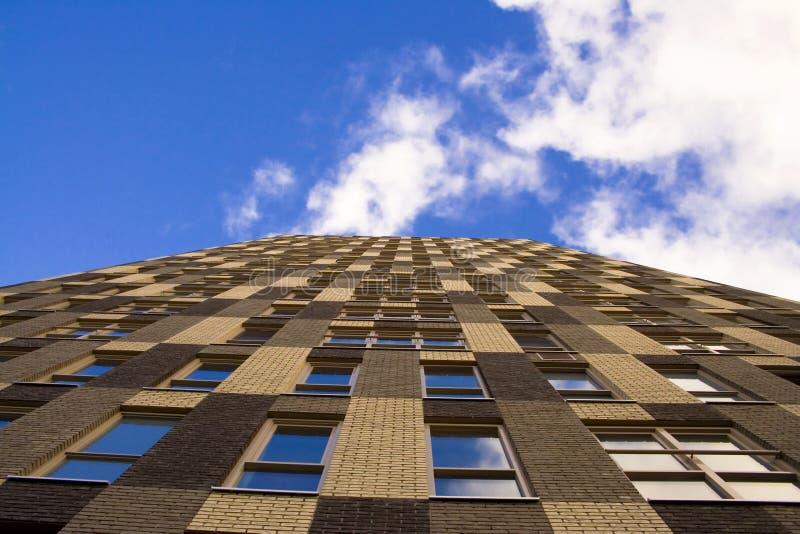 Fachada elevada do edifício fotografia de stock royalty free