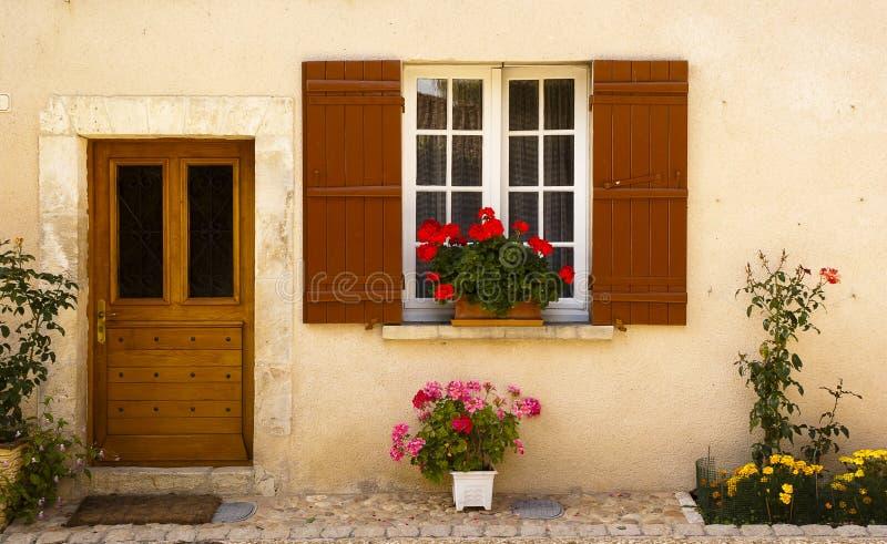 Fachada en Saint Jean de Cole Francia foto de archivo