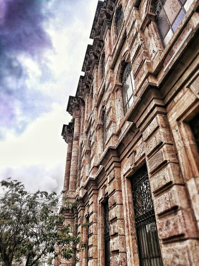 Fachada histórica de la piedra imágenes de archivo libres de regalías