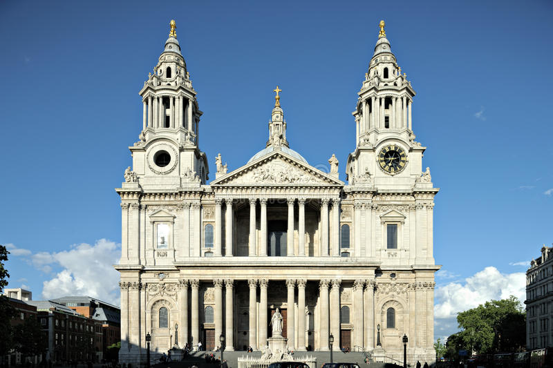 Fachada Londres Inglaterra Reino Unido do St Pauls Cathdral imagem de stock
