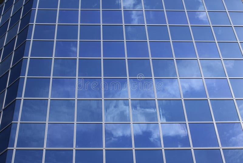 Fachada moderna do edifício imagens de stock royalty free