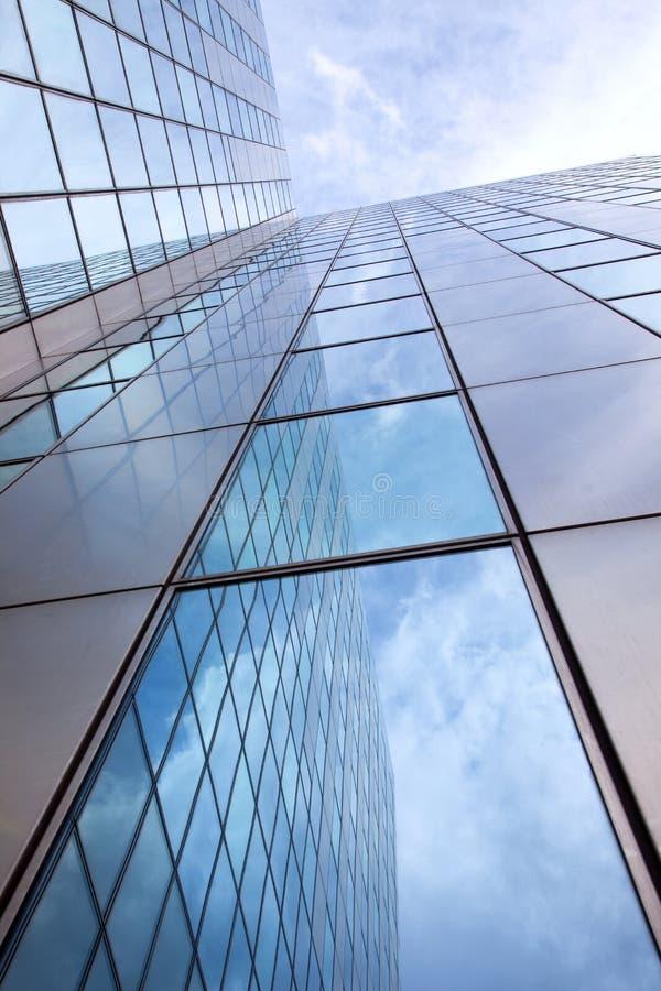 Fachada moderna do vidro e do aço imagens de stock
