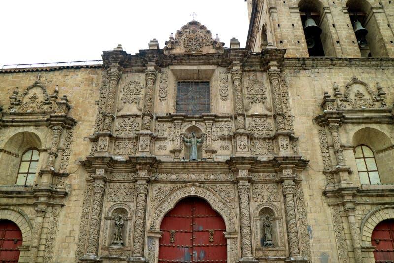Fachada Pedra-cinzelada lindo de San Francisco Basilica, igreja barroco histórica em La Paz, Bolívia foto de stock royalty free