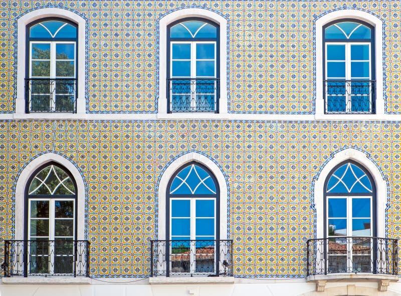 Fachada tejada típica en Lisboa fotos de archivo libres de regalías